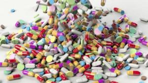 < Ο κύβος ερρίφθη > – Μόνο με ιατρική συνταγή η χορήγηση αντιβιοτικών.